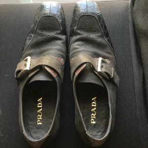 Prada men's slip-on dress shoes leather/snake